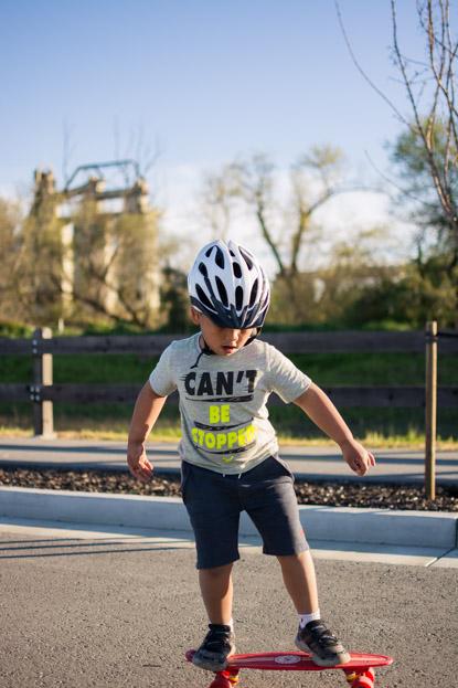 Gabriel skateboarding